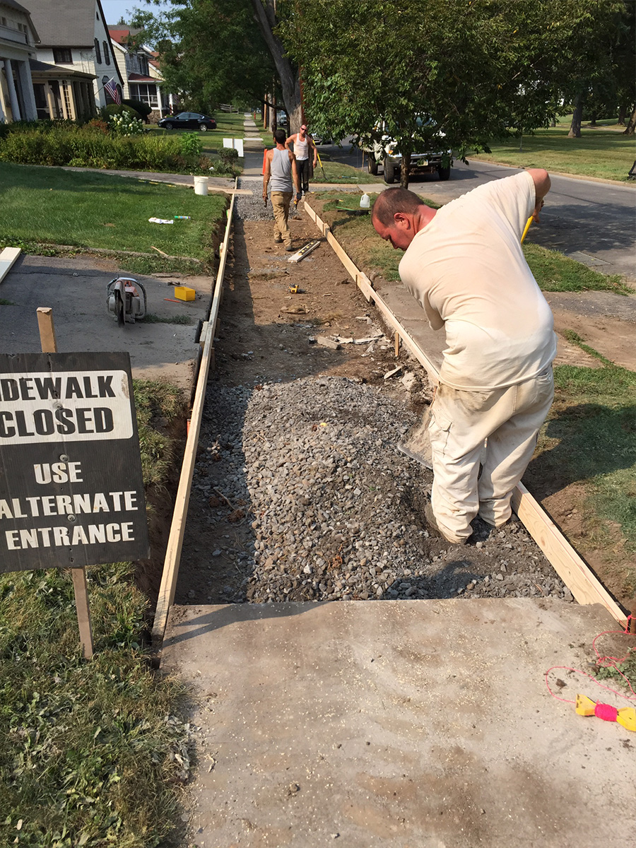 sidewalk closed for repair syracuse ny